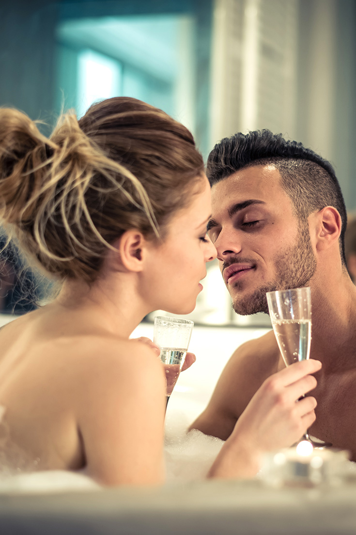 5 Erotic Play Dates To Get Your Juices Flowing