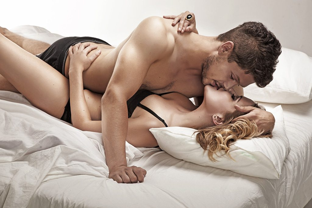 How to Climax Together During Intercourse